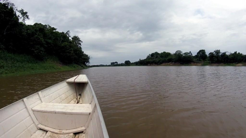 06_speedboat_wide